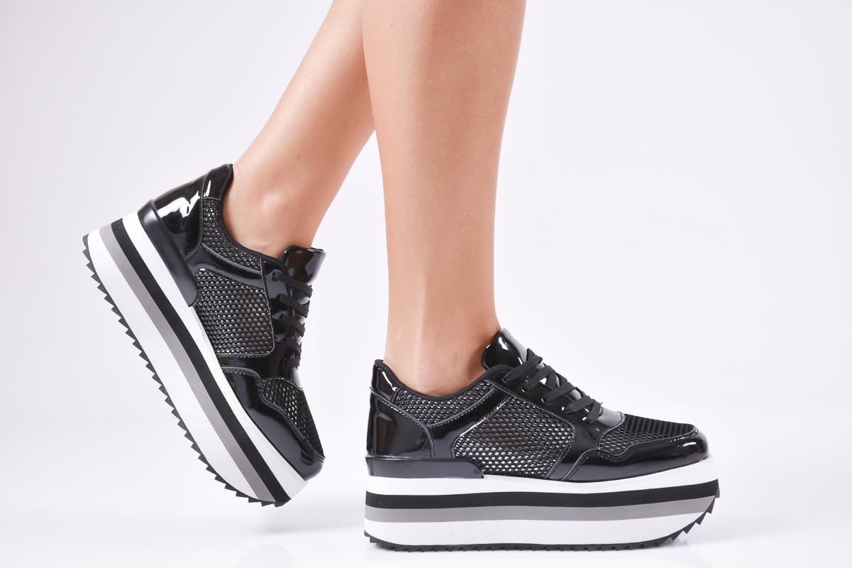 5392ed856d7 Дамски спортни обувки еко кожа/лак черни 500-6327   Дамски обувки на ...