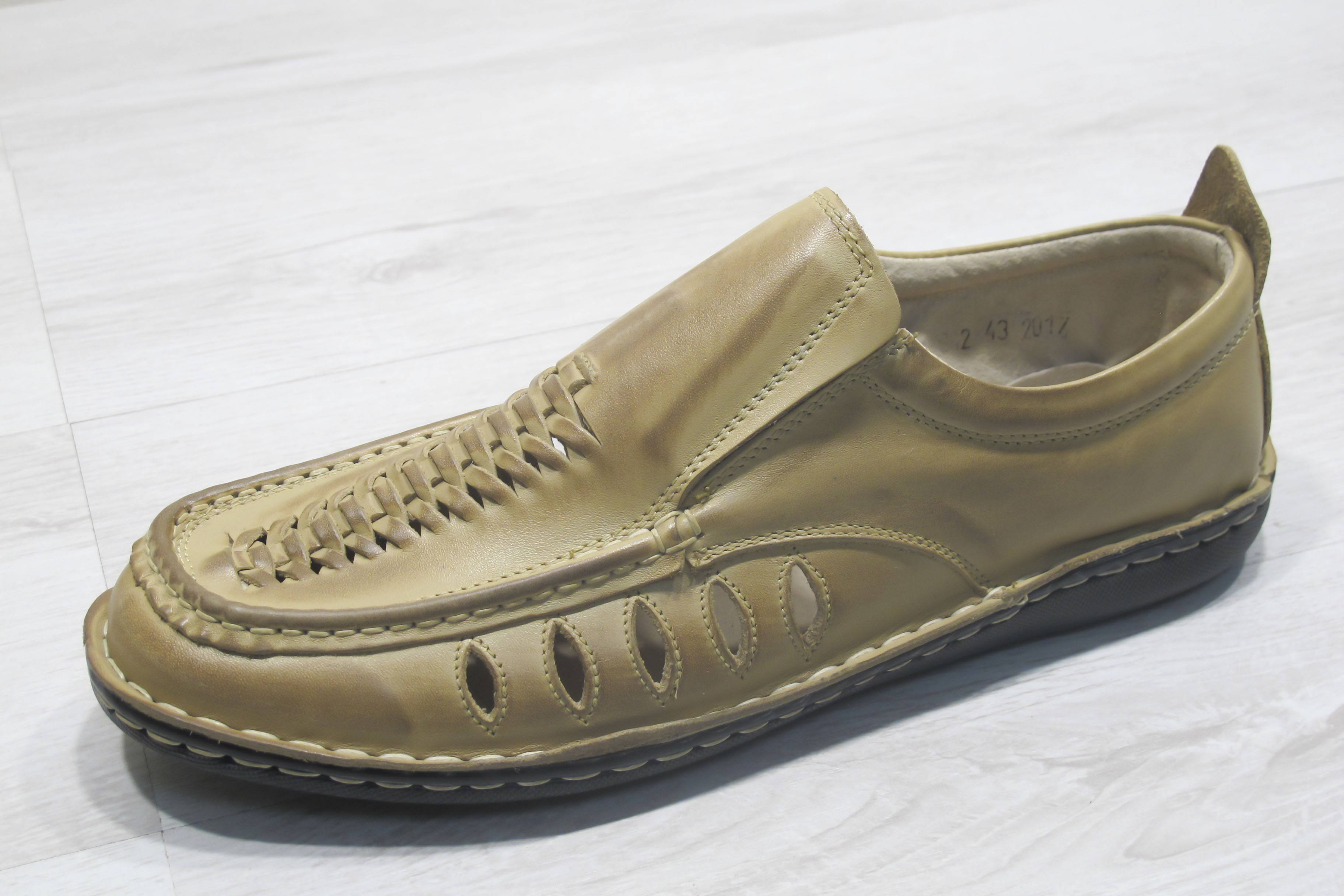 3ba5046e84e Мъжки обувки бежови естествена кожа 166-3579 | Чехли и сандали мъжки ...