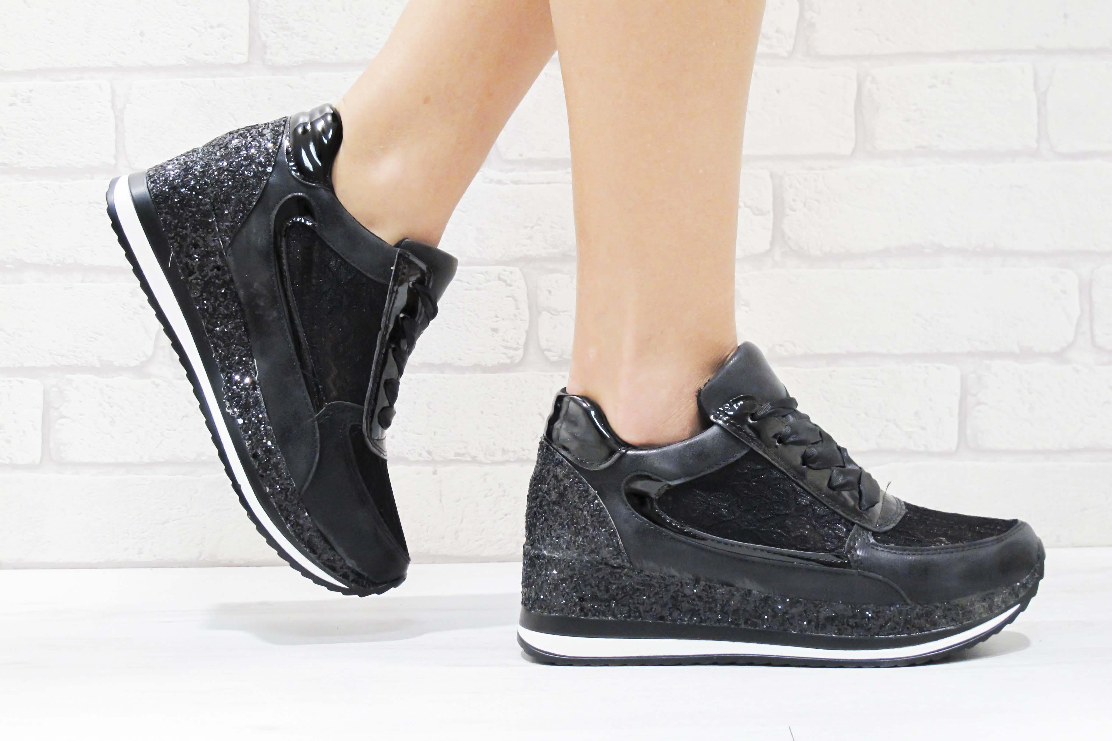 4b7203ed54c Дамски спортни обувки еко кожа/дантела черни 177-7481   Дамски ...