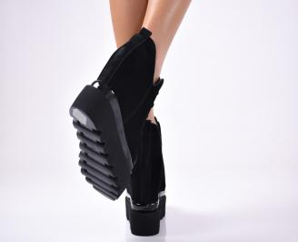 Дамски обувки на платформа еко велур черни 3