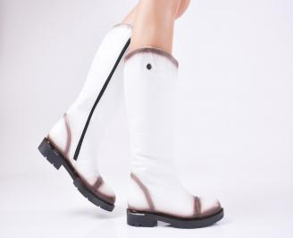 Дамски ботуши от естествена кожа бели
