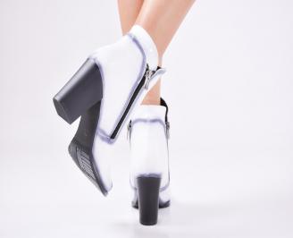 Дамски елегантни  боти  от еко кожа бели 3