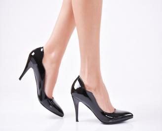 Дамски елегантни обувки еко кожа/лак черни