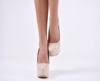 Дамски елегантни обувки   еко лак бежови