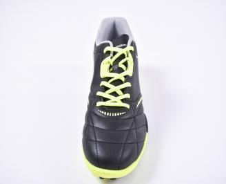 Футболни обувки  от еко кожа черни
