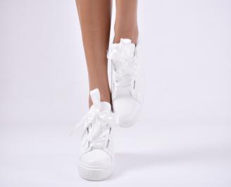 Дамски спортни  обувки еко кожа бяла