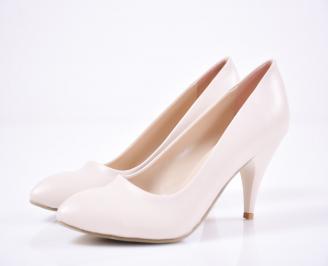 Дамски  обувки Гигант еко кожа  пудра