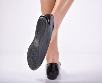 Дамски обувки равни еко кожа/ лак черни 3