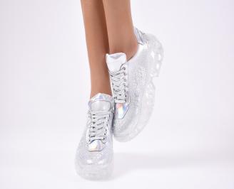 Дамски спортни  обувки  сребристи