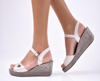 Дамски  сандали на платформа  естествена кожа сребристи