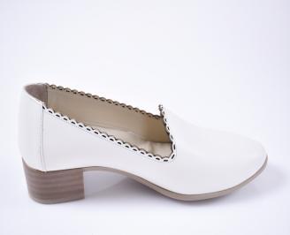Дамски  обувки- Гигант  бежови