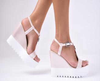 Дамски  сандали на платформа  пудра