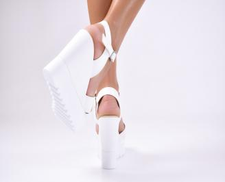 Дамски  сандали на платформа  еко кожа бели