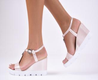 Дамски  сандали на платформа  еко кожа пудра