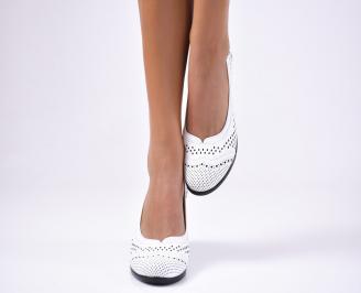 Дамски ежедневни обувки естествена кожа бели