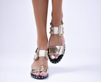 Дамски равни  сандали еко кожа/лак  златисти