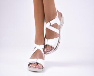 Дамски сандали  бели