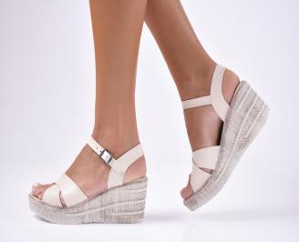 Дамски сандали  еко  кожа  бежови