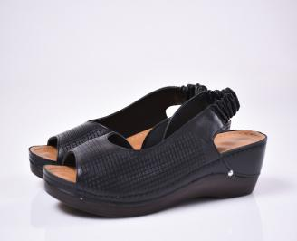 Дамски сандали Гигант  естествена кожа черни
