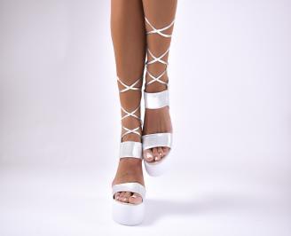 Дамски сандали  сребристи