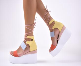 Дамски сандали на платформа  шарени