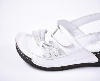 Дамски  сандали Гигант  бели