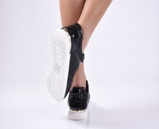 Дамски спортни  обувки еко кожа  черни