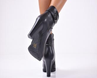 Дамски елегантни  боти  от еко кожа черни