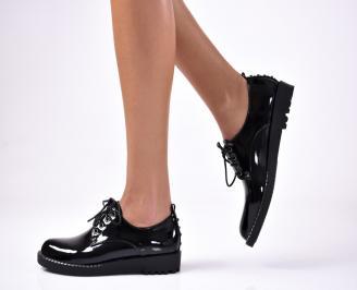 Дамски обувки равни еко лак черни