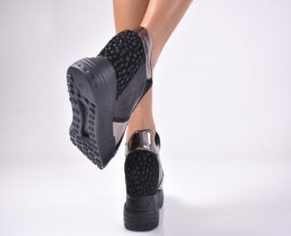 Дамски  обувки  на платформа  черни