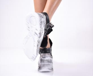 Дамски спортни обувки естествена кожа черни.