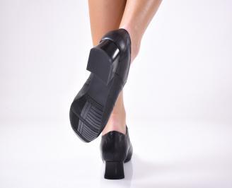 Дамски ежедневни обувки естествена кожа черни.