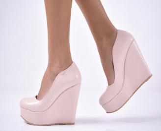 Дамски  обувки на платформа  пудра