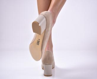 Дамски ежедневни обувки гигант еко велур бежови 3