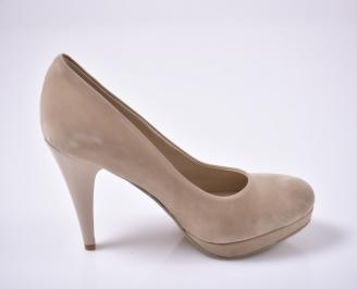 Дамски елегантни обувки гигант бежови