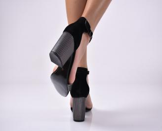 Дамски елегантни сандали еко велур черени. 3