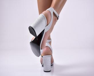 Дамски елегантни сандали текстил брокат сребристи. 3