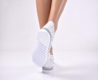 Дамски равни обувки естествена кожа бели 3