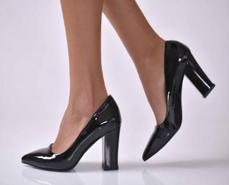 Дамски елегантни обувки  еко лак черни