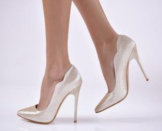 Дамски елегантни обувки  златисти