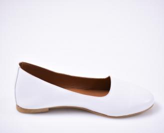 Дамски  обувки естествена кожа гигант бели
