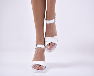 Дамски сандали на платформа естествена кожа бели.