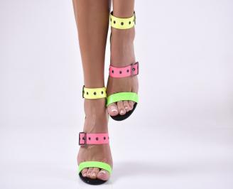 Дамски елегантни сандали  черени.