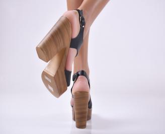 Дамски елегантни сандали естествена кожа черни.