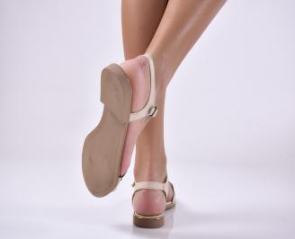 Дамски равни сандали естествена кожа бежови