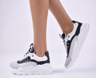 Дамски спортни обувки бял.