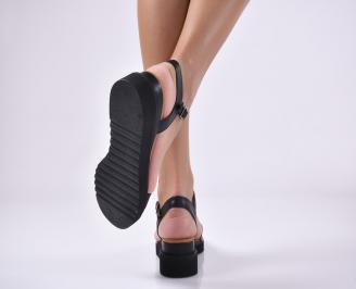 Дамски равни сандали естествена кожа черни.