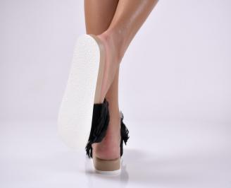 Дамски равни чехли черни.