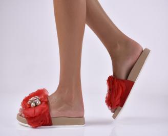 Дамски равни чехли червени.