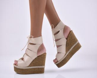 Дамски сандали на платформа естествена кожа бежови.